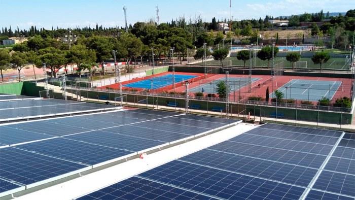 Stadium Venecia, el primer club en Zaragoza que se apunta al autoconsumo de energía renovable